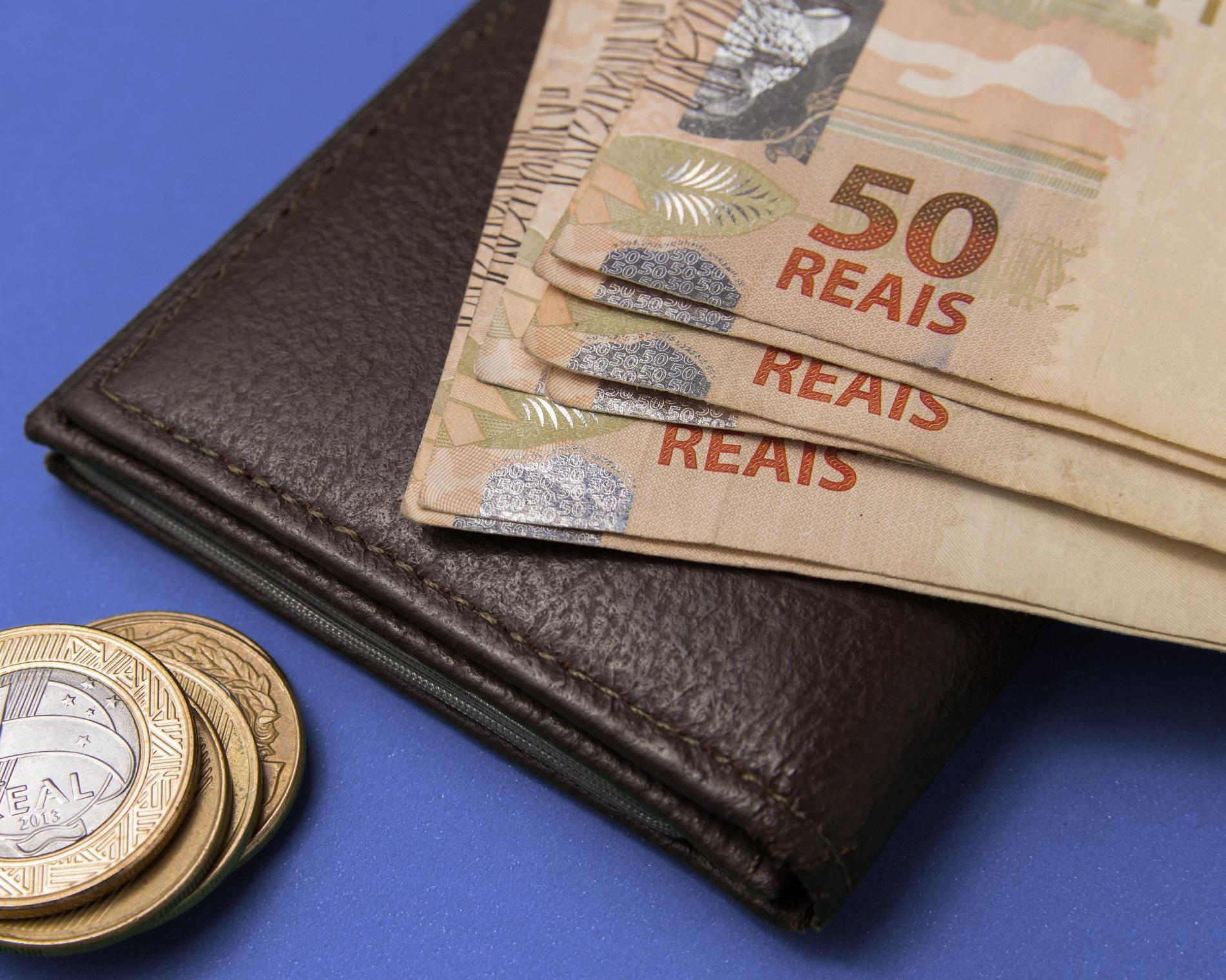 Pagamento em dinheiro é preferência nacional
