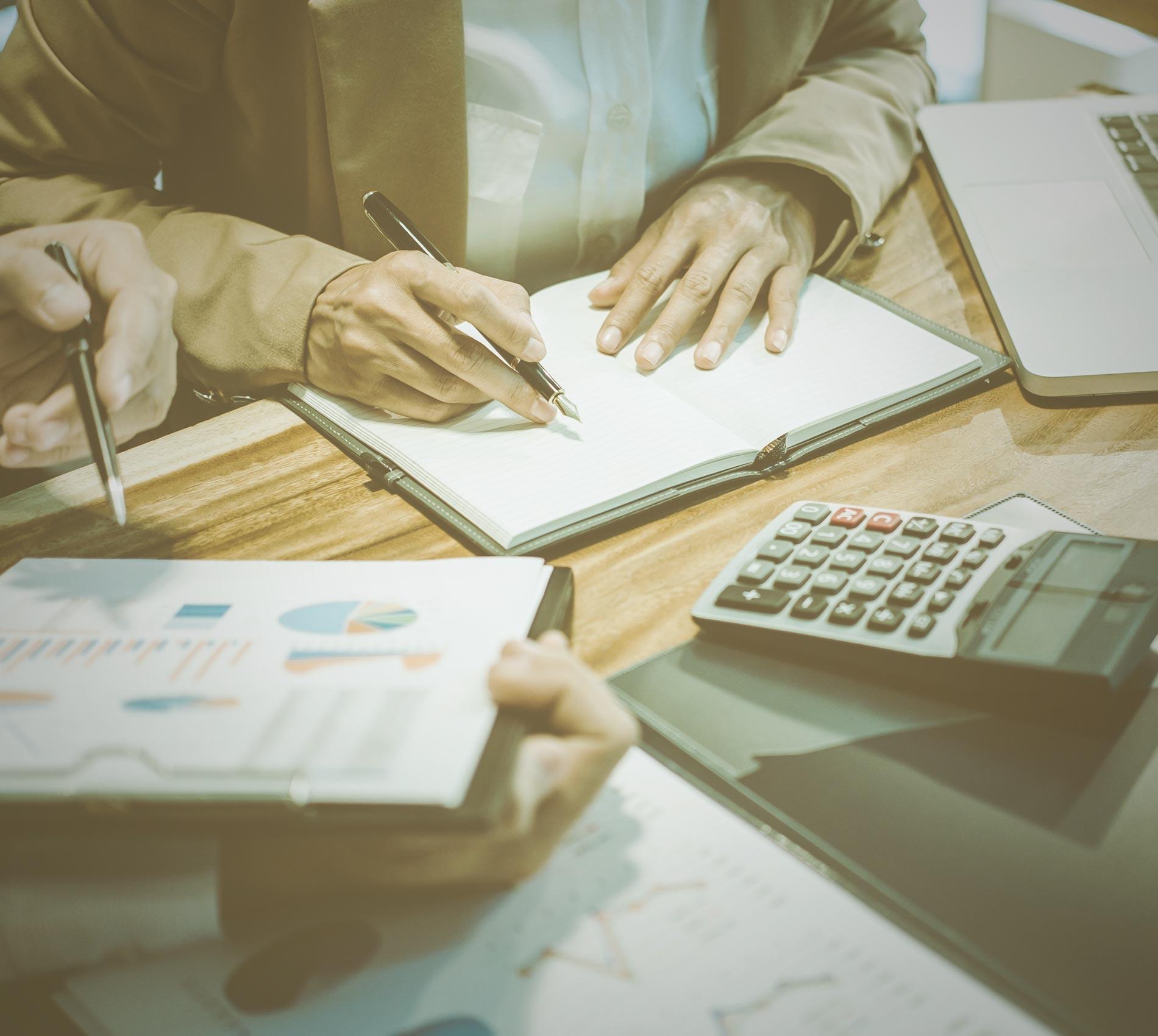 Como os impostos de importação são calculados no Brasil?
