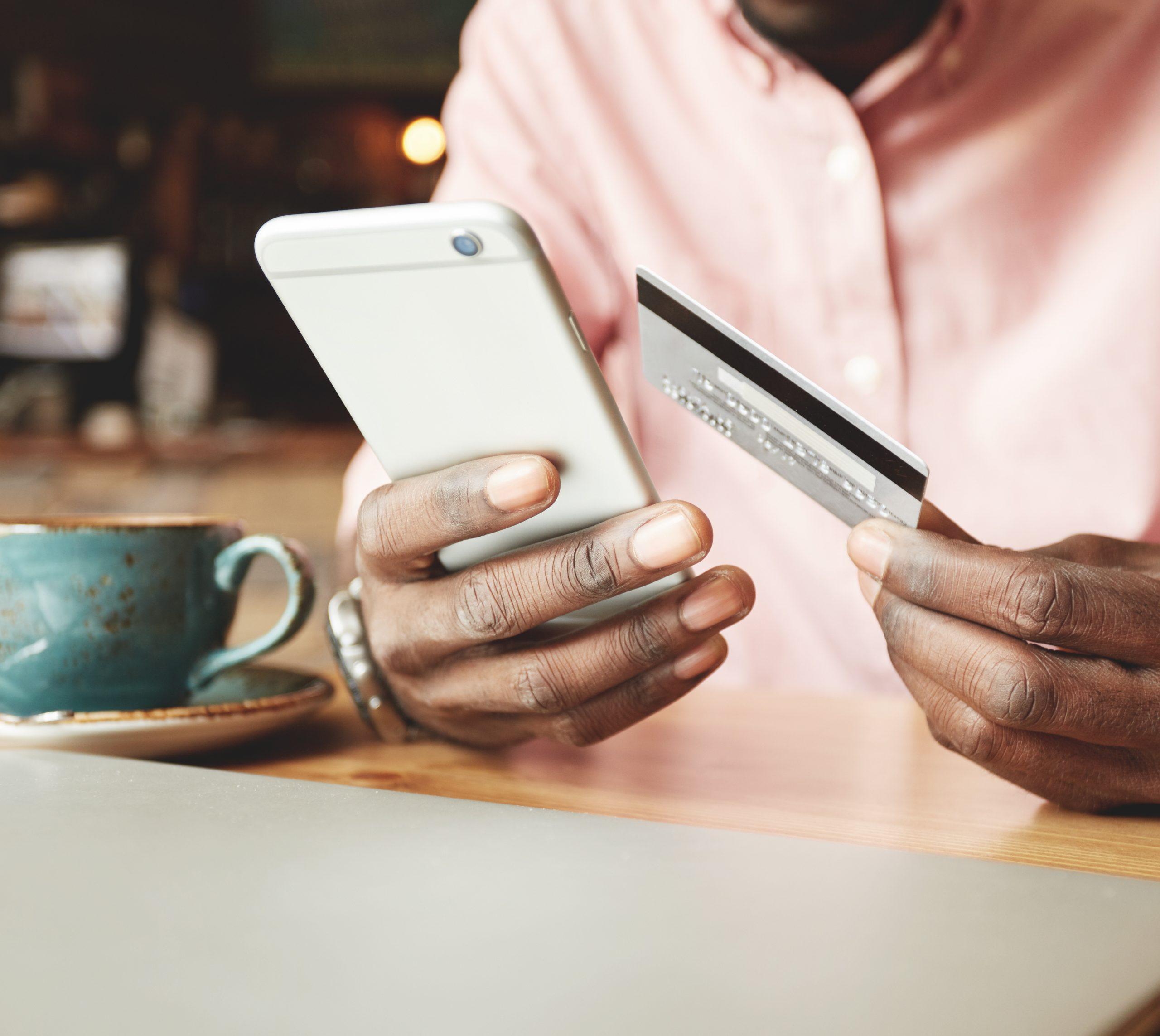 Pix ou WhatsApp Pay: qual meio de pagamento será preferido pelos brasileiros?